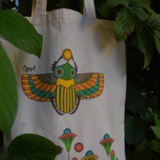 Печать на футболках и сумках для магазина при Эрмитаже