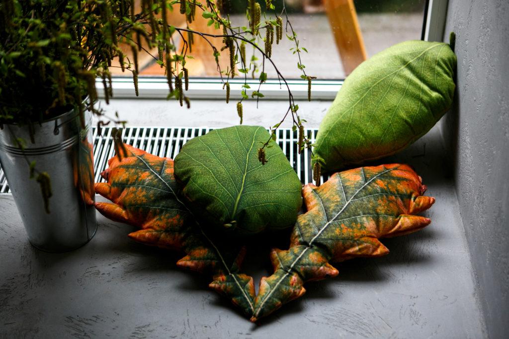 Фигурная подушка