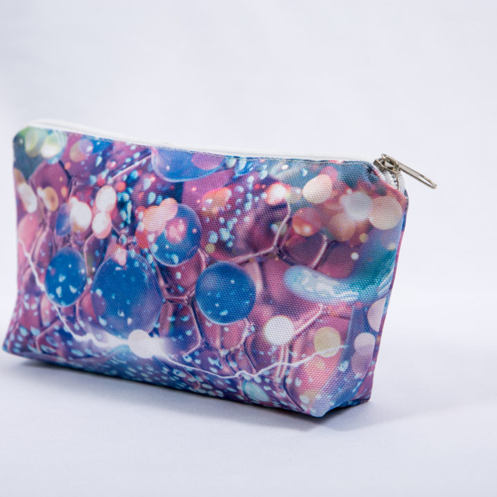 Flat make-up pouch